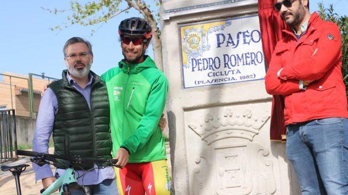 """El Ayuntamiento de Plasencia inaugura el Paseo """"Pedro Romero"""" durante el día de la Bicicleta"""